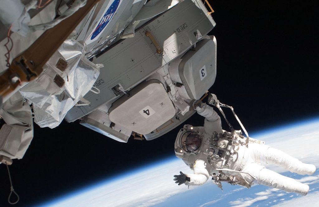 Thales-satellite