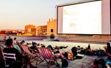 cinéma en plein air à Marseille, friche belle de Mai
