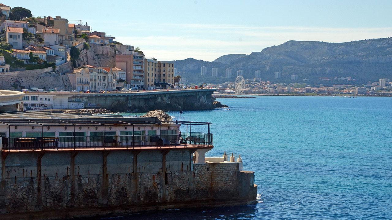 Corniche-Marseille-les-dauphins